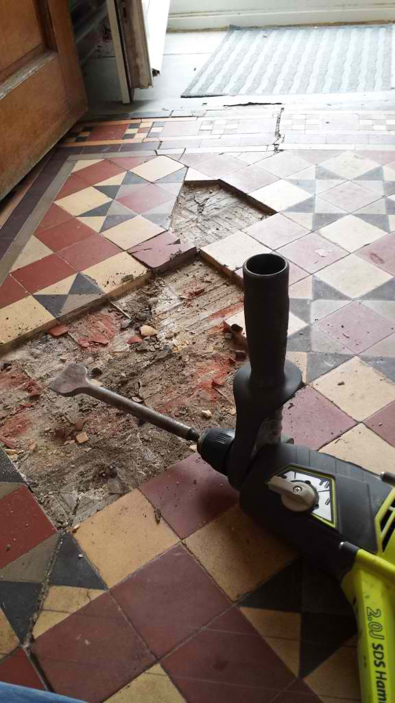 Victorian tiled floor Pontcana starting repairs