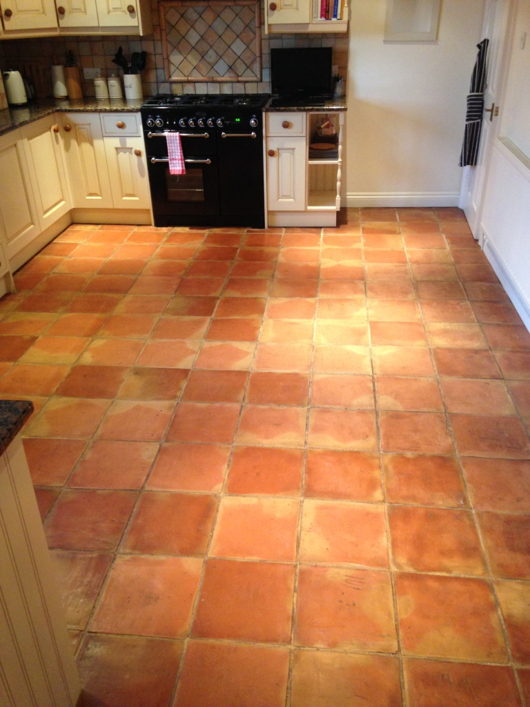 Attrayant Restoring The Appearance Of Terracotta Kitchen Tiles In ...