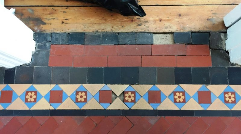 Relaying 450 Edwardian Hallway Tiles In A Crouch End Tiling Tips