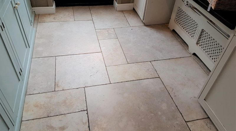 Charmant Renovating Polished Limestone Floor Tiles In A Beaconsfield ...