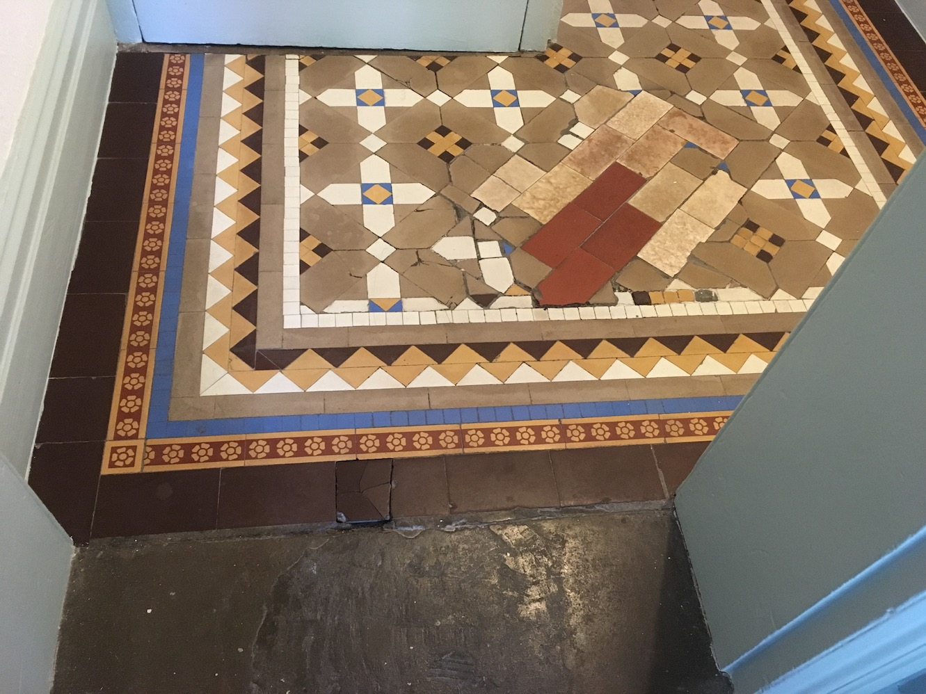 Eyesore Tiles Replaced In A Victorian Hallway In Oswestry